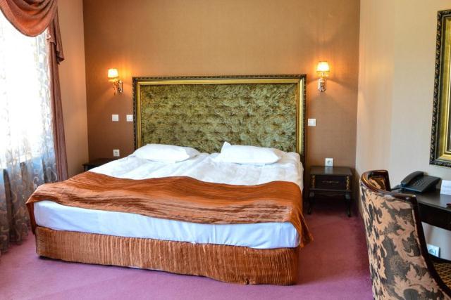 Картинки по запросу болгария cвятой константин и елена отель кристел фото